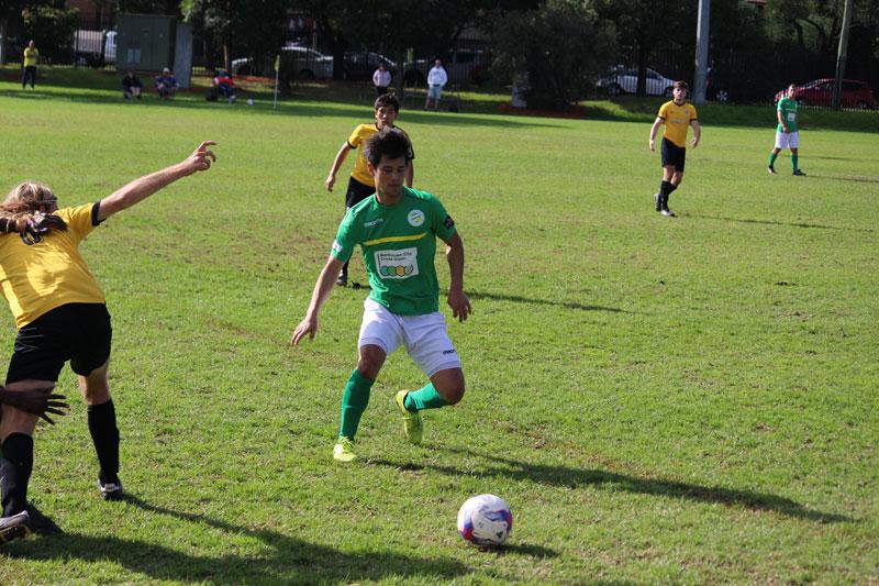 伊奈裕二オーストラリアサッカー